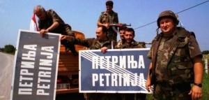 Hrvatska_vojska_ulazi_u_Petrinju.jpg