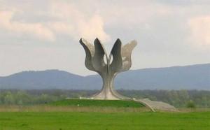Jasenovac_kameni_cvijet.jpg