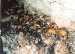 Posmrtni ostaci Srba u jami Ponor kod Miljevine