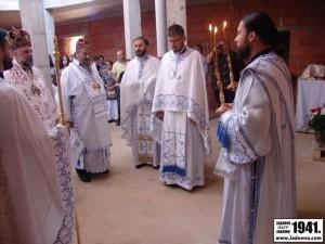 Proslogodisnja_liturgija_u_Prebilovcima.jpg