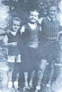 Braća Miloš, Dejan i Nikola Radeta zaklani u šumi Koprivnica