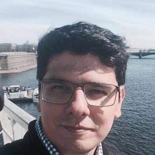 Mislav Horvat je politički komentator i saradnik portala Srbin.info iz Zagreba.