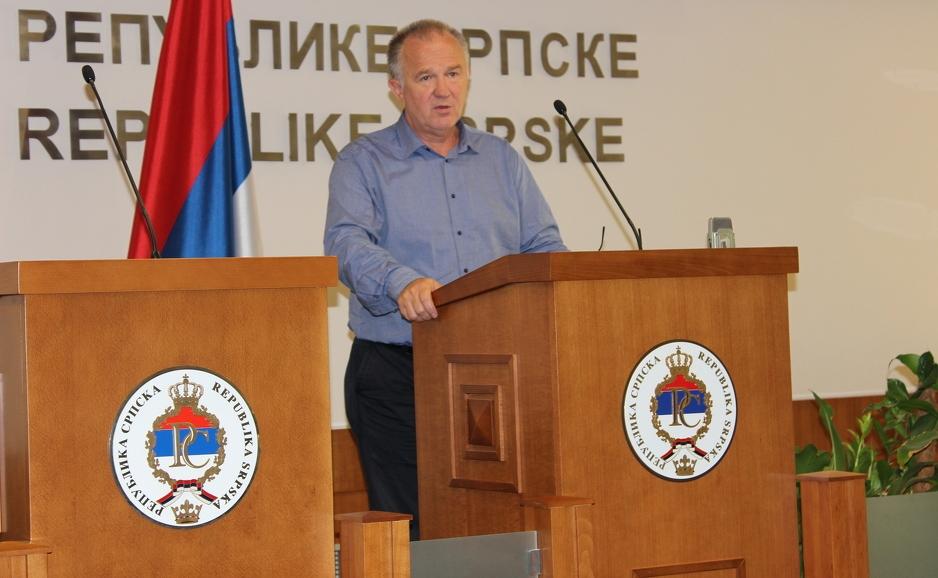 Narodni poslanik Dragan Čavić
