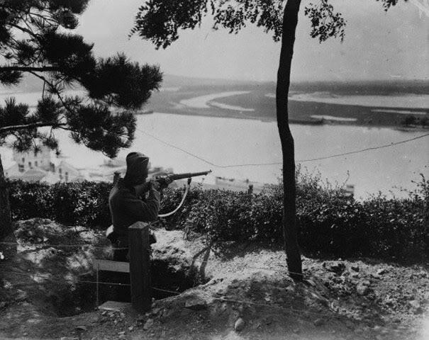 Srpski vojnik u odbrani Beograda