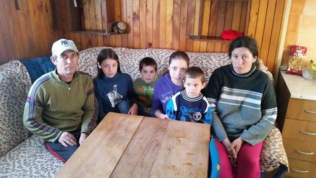 Stanislav i Rada sa djecom