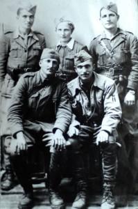 Dana sa ratnim drugovima u Pljevljima 1943.