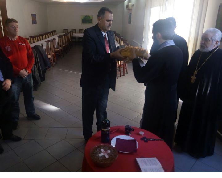 Udruženje zarobljenika opštine Derventa obilježilo je Krsnu slavu- Svetog velikomučenika đakona Avakuma slavskim obredom u Centru za kulturu