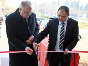 У Требињу су данас уручени кључеви станова у насељу Горица за 11 породица погинулих бораца и ратних војних инвалида