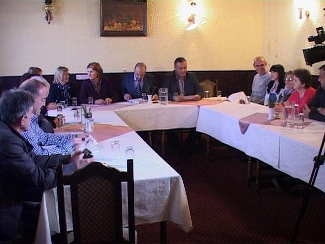 Udruženje porodica nestalih boraca i civila Semberije i Majevice               Foto: RTRS