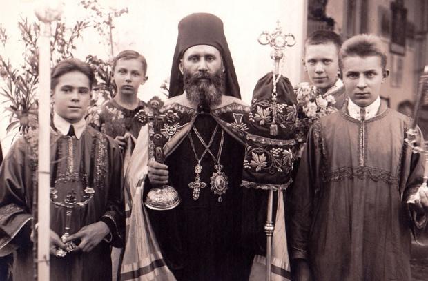 Episkop Ćirić je molio i za život sekretara PK KPJ za Vojvodinu