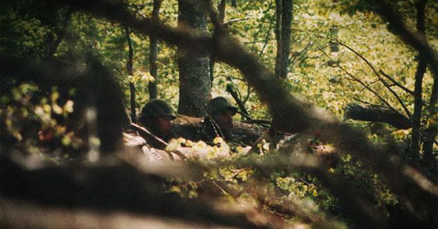 Niko ne sme da prođe: Vojnici Jugoslavije čuvaju granicu na zasednom mestu