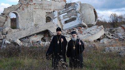 Srušene crkve na Kosovu