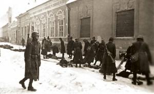 Nemilosrdni mađarski fašisti: Hortijeve jedinice ubijaju nevino stanovništvo