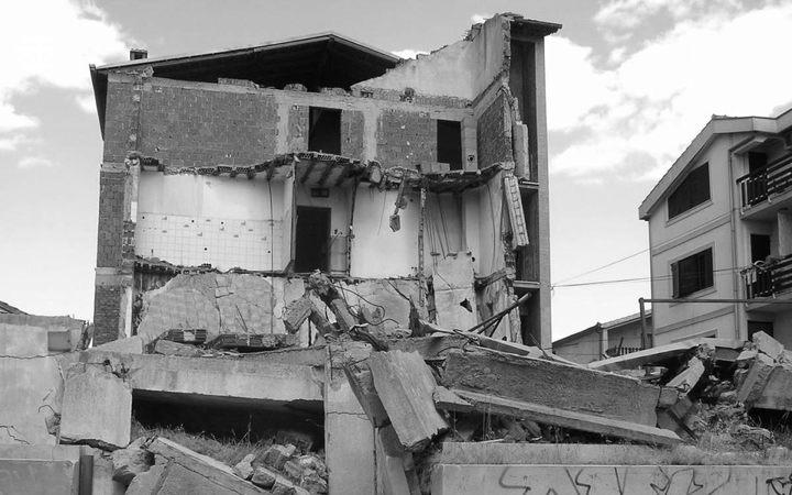 Brojni vlasnici miniranih objekata više nisu među živima – jedna od zadarskih ruševina Foto: Jovica Drobnjak