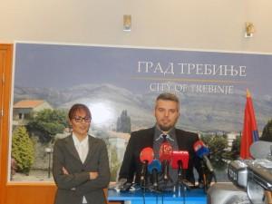 """U Trebinju je večeras osnovano Udruženje djece poginulih boraca """"Nasljeđe"""", jedino u Republici Srpskoj, čiji je cilj zaštita prava ove populacije i poboljšanje njihovog položaja."""