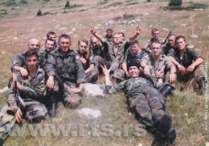 Припадници ВЈ са карауле Кошаре