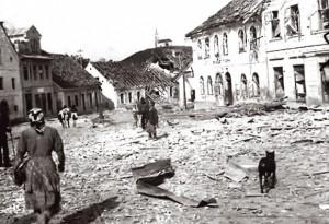 У првом бомбардовању Ниша живот је изгубило 250 мушкараца, жена и деце