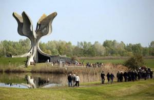 Spomenik u Jasenovcu (Foto Beta/HINA/D.G.)