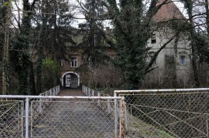 Dvorac u Kerestincu