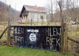 Koreni vehabija u BiH povezani su sa dolaskom mudžahedina: Gornja Maoča (Foto Rojters)