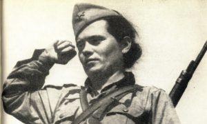 Jedna od hrabrih partizanki
