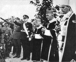 Alojzije Stepinac (prvi s desna) 1944. godine (Foto Vikipedija)