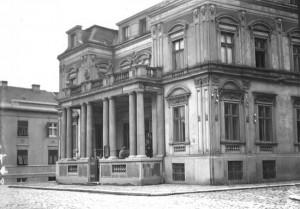 Nekadašnje zdanje Narodne biblioteke Srbije na Kosančićevom vencu u Beogradu (Iz Zbirke fotografija Muzeja grada Beograda)