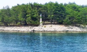 Svetionik na Vidu (Foto: N. Belić)