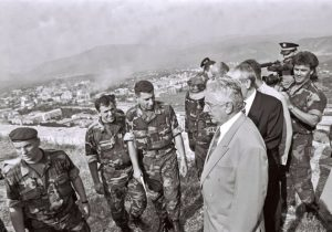 Franjo Tuđman i Ante Gotovina iznad Knina
