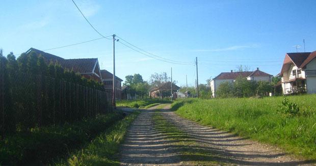 Ulica Ivice Petkovića u selu Lipovac kod Kruševca