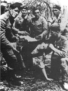 jasenovac1-526x700