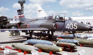 Понос ЈНА: Авион СОКО Г4 супергалеб