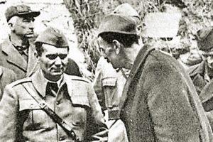 Josip Broz sa delegatima Avnoja u Bihaću