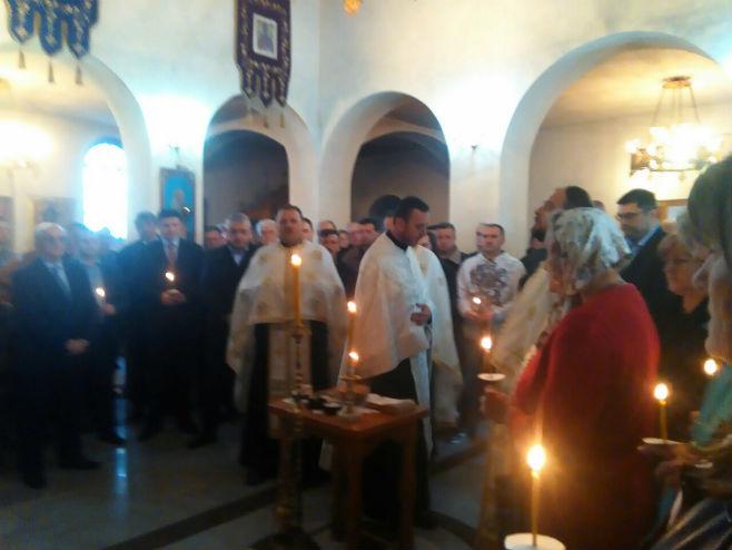 Parastos ubijenim u Dobrovoljačkoj u crkvi u Miljevićima (foto: Srna)