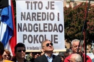 Protest Hrvata koji ne vole Tita...     facebook.com