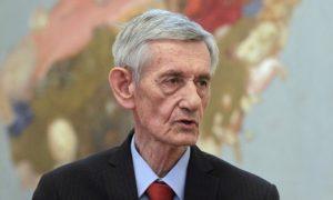 Osvrt u prošlost: Dr Radovan Radinović A. Čukić