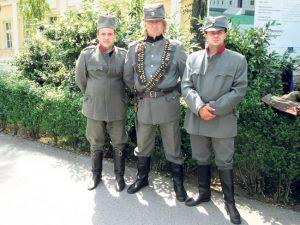 Glumci u pauzi snimanja (Foto: K. Ivanović)