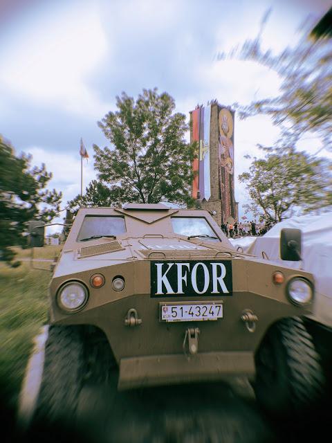 Oklopnjaci KFOR-a dugo bili oko belega srpske istorije.