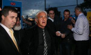 Kapetan Dragan (u sredini) Foto: Vesti