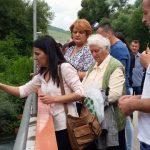 Bacanjem cvijeća u rijeku Bunu kod Mostara i služenjem parastosa u Staroj crkvi u Mostaru, danas su obilježene 24 godine od stradanja 30 srpskih civila i vojnika u tom mjestu, te stradanje 386 Srba iz doline Neretve koji su ubijeni sredinom juna 1992. godine
