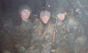 "Čitaoci ""Vesti"" reagovali na potresnu priču vojnika sa Košara: Novica Spasić sa saborcima"