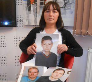 Slavica Popović sa slikama najmilijih
