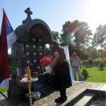 U Kruškovom Polju kod Šamca danas je, na Veliku Gospojinu, služen parastos za 14 poginulih boraca Vojske Republike Srpske /VRS/i tri civilne žrtve rata iz ovog mjesta