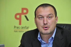 PODGORICA, 7. AVGUSTA /SRNA/ - Lider Srpske liste Dobrilo Dedeić.