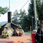 Služenje parastosa povodom 22 godine od zločina koje su muslimanske vojne snage počinile u Mezgraji kod Ugljevika gdje je poginulo pet boraca i tri srpska civila
