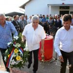 Predsjednik Boračke organizacije Republike Srpske /BORS/ Milomir Savčić sa predstavnicima Boračke organizacije Ugljevika položio je vijenac na spomenik palim borcima , povodom 22. godišnjice od zločina koje su muslimaske vojne snage počinile u Mezgraji kod Ugljevika