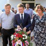 Delegacija opštine Ugljevik položila je vijenac na spomenik palim borcima , povodom 22 godine od zločina koje su muslimanske vojne snage počinile u Mezgraji kod Ugljevika