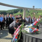 Polaganje vijenaca na Spomen-kosturnicu na Novom groblju u Banjaluci.