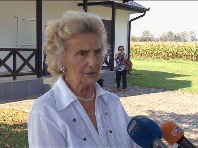 Predsjednik Udruženja, osamdesetpetogodišnja Dobrila Kukolj, rekla je novinarima da su sjećanja na jasenovačke žrtve bolna