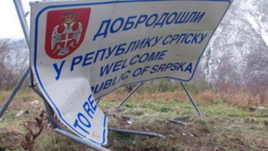Slomljena tabla - Dobro došli u Republiku Srpsku